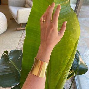Jewelry - Brass curve cuff